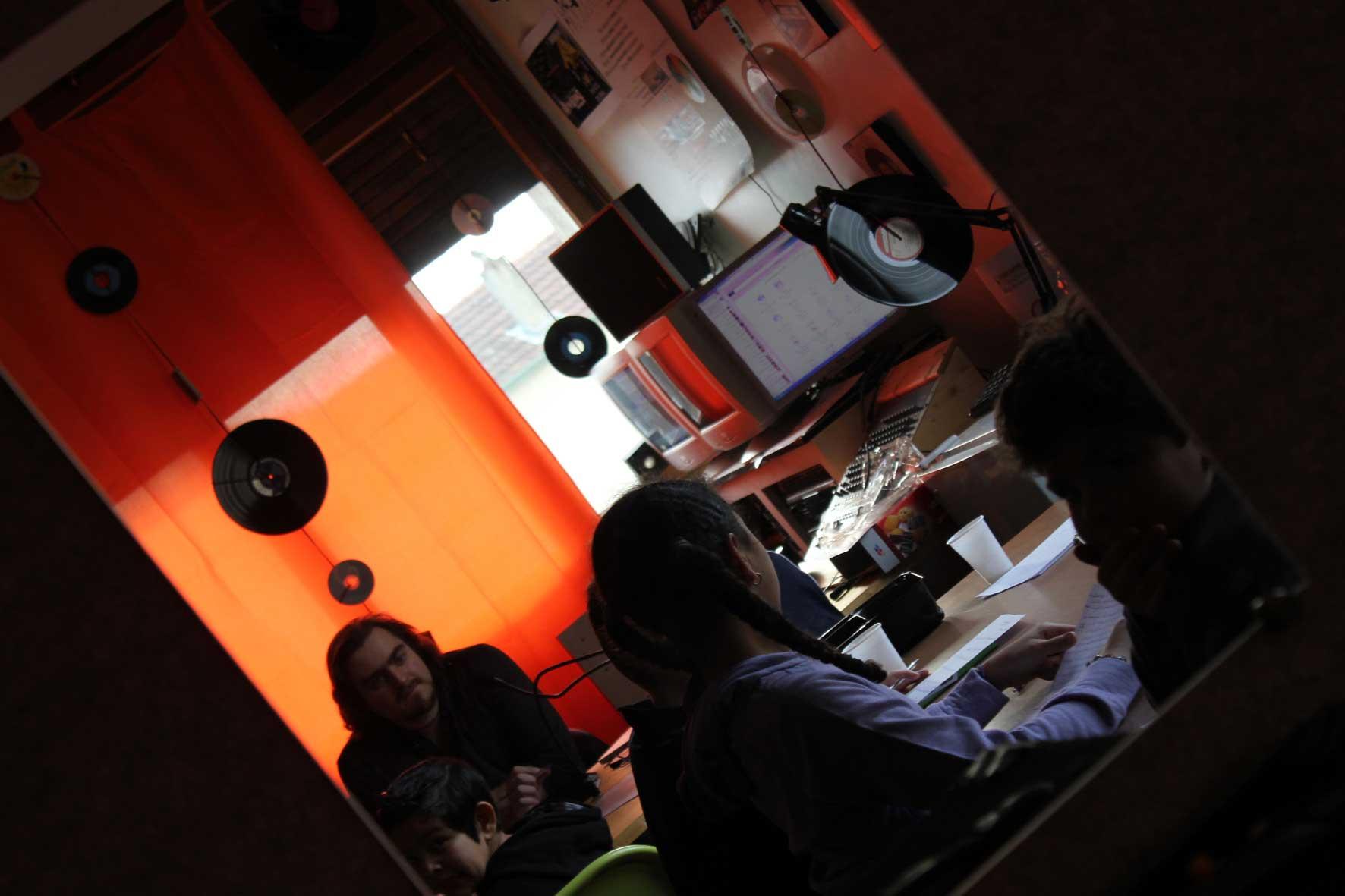 ticket-radio3